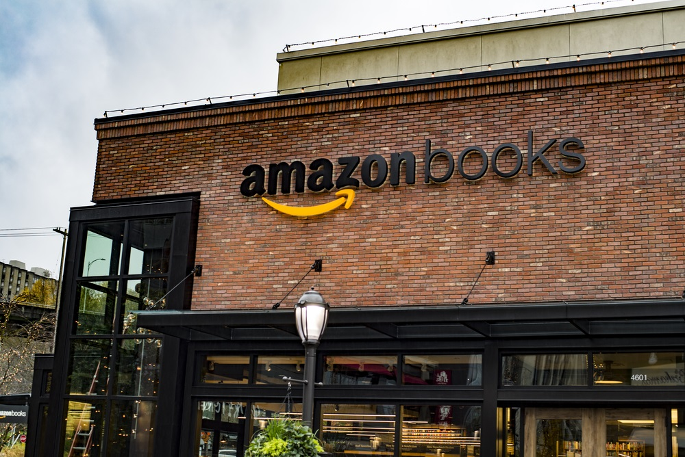 Amazon Stores Popping Up Everywhere - Alvexo
