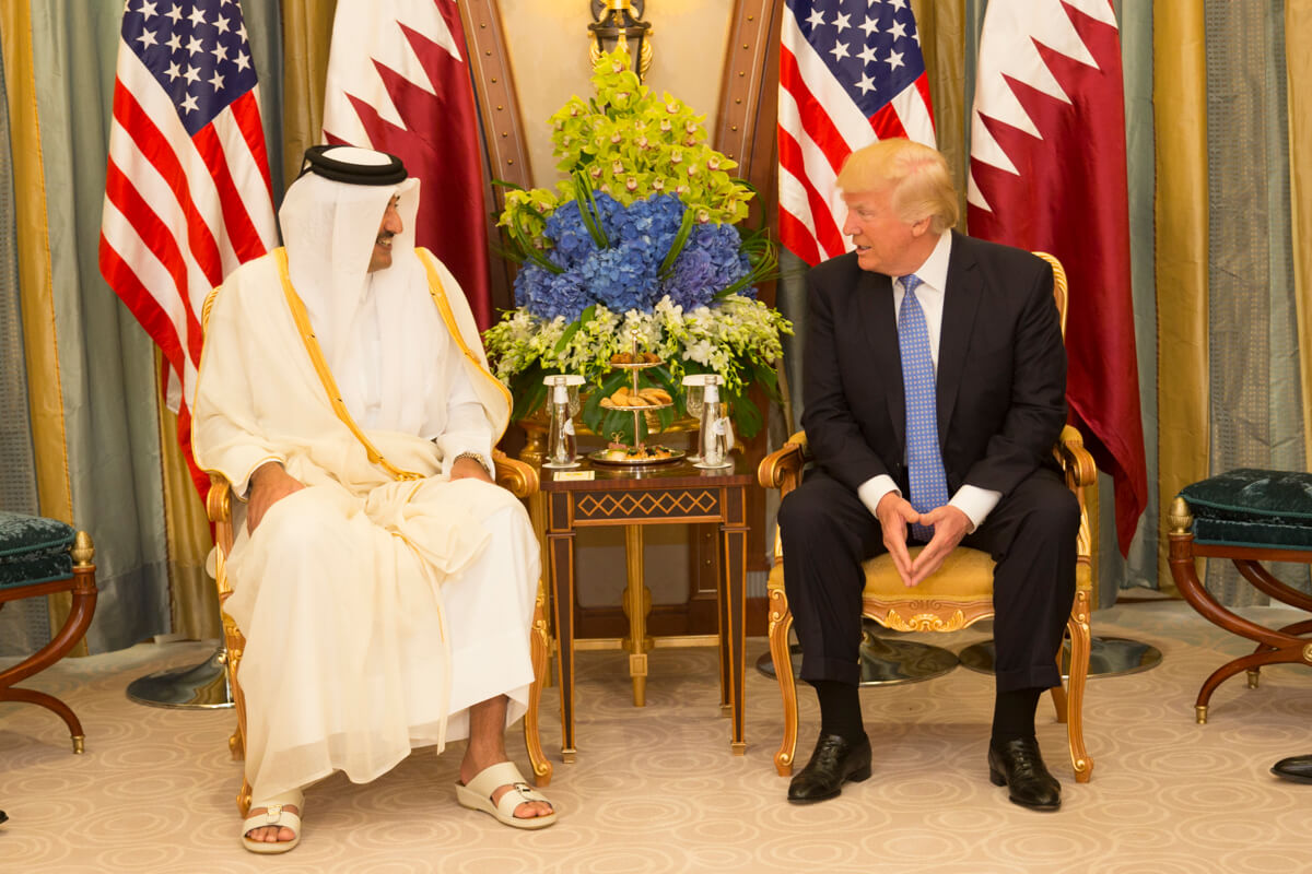 Donald_Trump_meets_with_the_Emir_of_Qatar